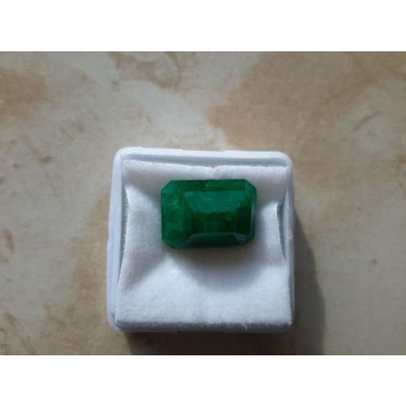 10.45 Ct Természetes zöld Smaragd tanúsítvánnyal