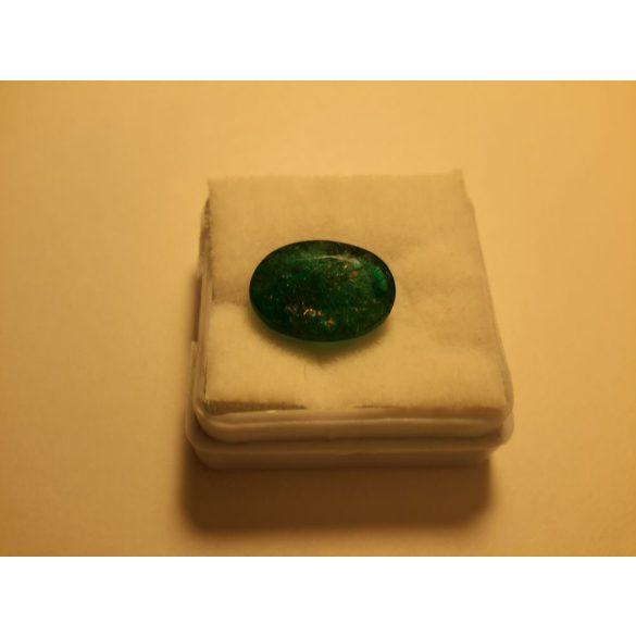 5,60 Ct Természetes Ovális smaragd drágakő tanúsítvánnyal